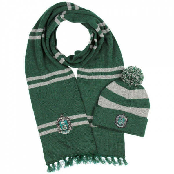 Harry Potter Slytherin Hat and Scarf Set